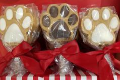"""Holiday Treats: Peanut Butter Puppy """"Sucker"""""""